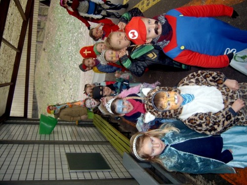 Carnaval  in onze school sv400068-medium.jpg