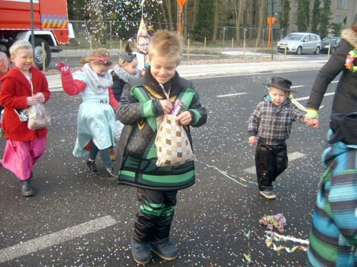 Carnaval  in onze school sv400069-medium.jpg
