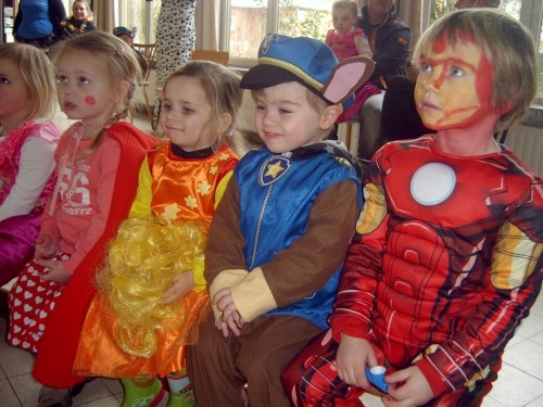 Carnaval  in onze school sv400089-medium.jpg