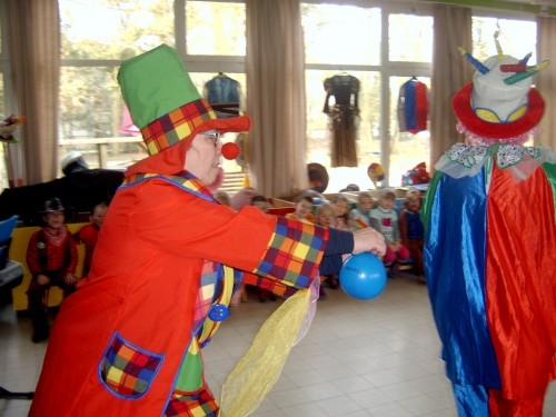 Carnaval  in onze school sv400092-medium.jpg