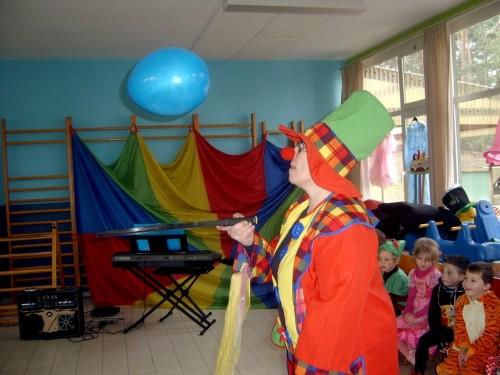 Carnaval  in onze school sv400095-medium.jpg