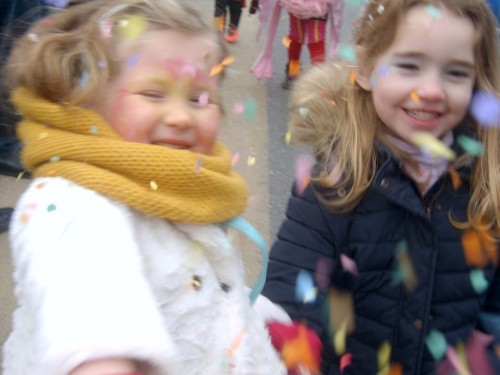 Carnaval  in onze school sv400166-medium.jpg